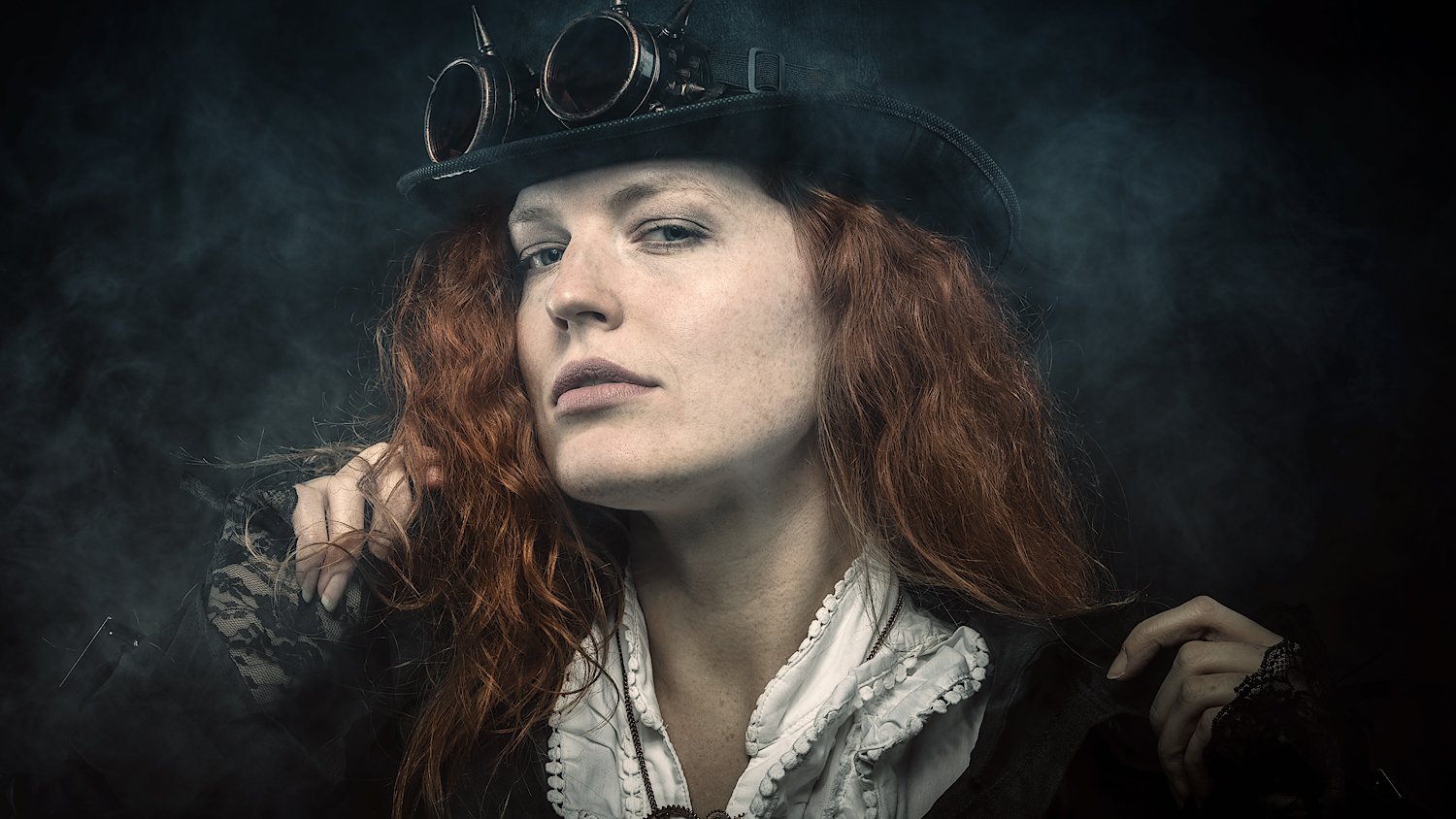 S. Wickenkamp - Portraitfotografie & Peoplefotografie - Steampunk-Portrait Model Fiodora - Workshop Portraitfotografie